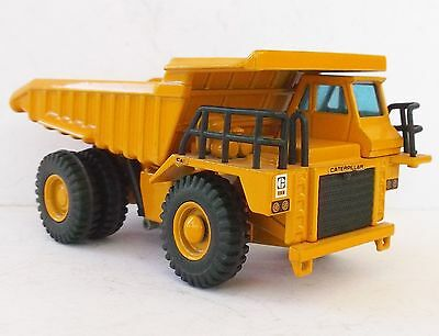 Caterpillar 773B heavy dump truck - 1/70 Joal model