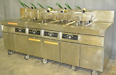 Used Frymaster 4 Bay with 2 Dump Stations, Excellent Functional Condition!
