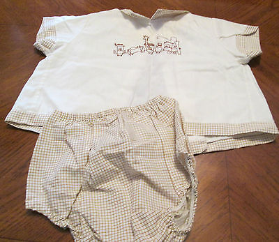 Vintage - 2 Piece Short Outfit w/ Embroidery on Shirt - Boy