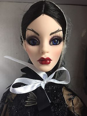 "Tonner Wilde Imagination Evangeline Ghastly Full Moon Parnilla 18"" Conv Doll LE"