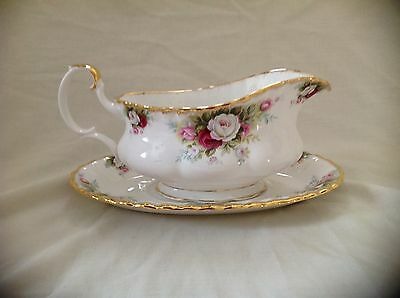 Royal Albert Celebration Gravy/sauce Boat & Stand Excellent Condition