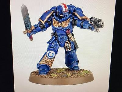 Warhammer 40,000 Space Marines Primaris Lieutenant Power Sword Bolt Pistol