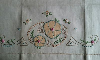 "Unused Vintage 27"" Natural Linen Towel ~ Hand Embroidered & Appliqued Floral"