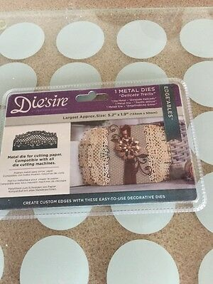 Die'sire 'Edge'ables' Collection Card Border Cutting Dies - Delicate Trellis