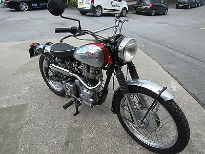 ROYAL ENFIELD 350cc FITTED WITH SCRAMBLER KIT.