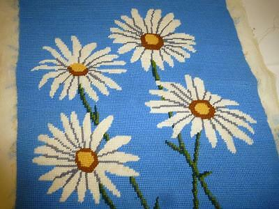 "Vintage Completed NEEDLEPOINT Canvas Blue WHITE DAISIES 15"" x 15"" Pillow Top"
