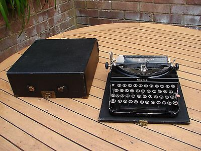 Remington 5T Portable Typewriter in Case 1933 Art Deco Perfect Working GSP