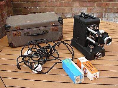 AGFA Karator Slide Projector Vintage Antique Working + Carry Case Global Ship
