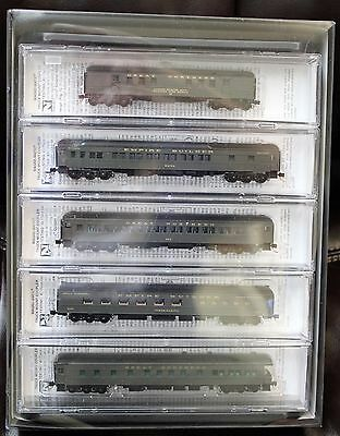 N Scale - MICRO-TRAINS 993 01 570 GREAT NORTHERN Heavyweight Passenger 5-Car Set