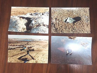 Falklands War - Group Of 4 Original Photos - Abandoned Argentine Trenches + Kit