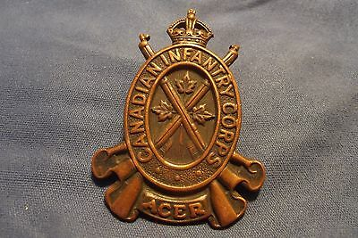WW II Canadian Cap Badge To The Canadian Infantry Corps 1942
