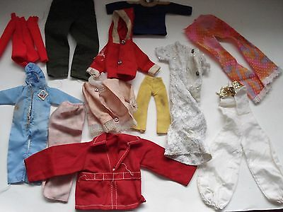 LOT OF 14 DIFFERENT CLOTHES FOR BARBIE or OTHER FIGURES VINTAGE