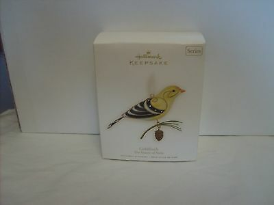 NIP 2008 Hallmark Keepsake  The Beauty Of Birds-Goldfinch 4st in series