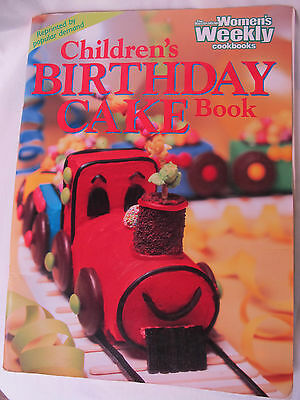 CHILDREN'S BIRTHDAY CAKE BOOK Australian Women's Weekly PB VGUC Cake Decorating