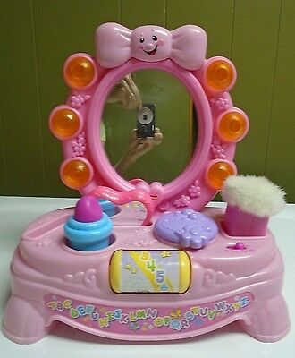Fisher Price Laugh And Learn MAGICAL Musical MIRROR Pink VANITY Light Up