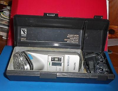 VINTAGE PHILIPS 950 SHAVER W/ CASE 100-240v  AC-DC  ,TYPE HS 950/A HOLLAND