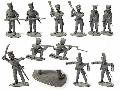 11 AIRFIX 1/32 NAPOLEONIC FRENCH INFANTRY TOY SOLDIERS STAMPED ENGLAND 1970s