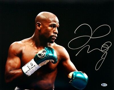 Floyd Mayweather Jr Signed Squared Up 16x20 Photo Beckett BAS