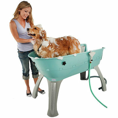 Booster Bath Elevated Pet Bathing Station