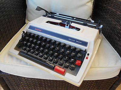 Vintage Retro Brother Deluxe 760 TR Typewriter And Case EX. Working Cond.