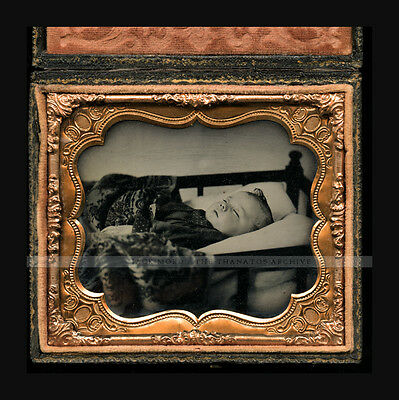 Superb 1/6 Post Mortem Child in Crib - Ruby Ambrotype in Full Case