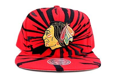 Chicago Blackhawks Red Black Earthquake Mitchell & Ness Adjustable Fit Snapback