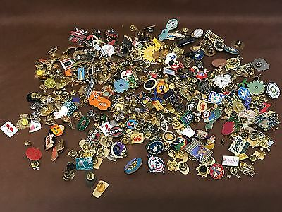 LOT OF 390 RANDOM VARIOUS PINS - BOWLING - OLYMPIC - SERVICE WOW 3.8lbs