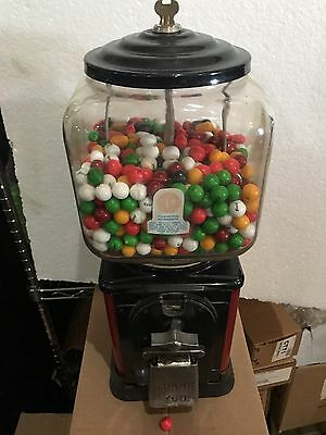 Victor Vending V 5 1 Cent Penny Gumball Candy Peanut Machine USA 1940's  Ford