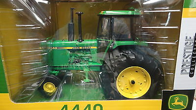 Ertl JOHN DEERE 4440 Tractor GREEN 1:16 Die-Cast Metal PRESTIGE Collection