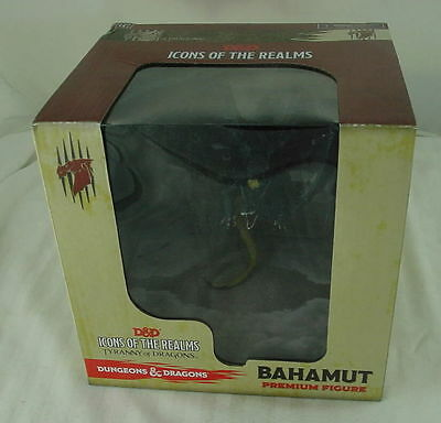 Dungeons & Dragons D&D Icons of the Realms: Bahamut Premium Figure WZK71858