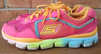 Youth Girl's Size 2.5 Skechers GOrun Lace Athletic Sneakers