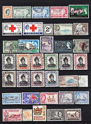 A Selection of Commonwealth Stamps - QEII (m20-212)
