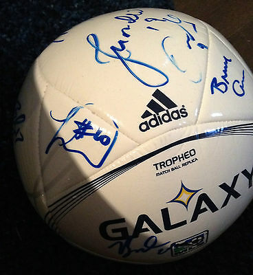 2013 Los Angeles Galaxy 18 x Team Signed Autographed MLS Soccer Ball COA Landon