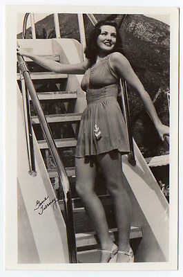 GENE TIERNEY busty leggy actress ORIG Photo Postcard SWIMSUIT PINUP