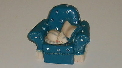Cat Kitten Solo's Chair HS410 Peter Fagan Colour Box Made in Scotland - Blue