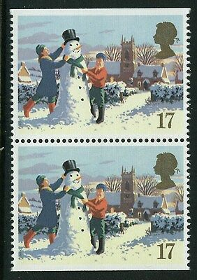 1990  CHRISTMAS 17p  PAIR FROM BOOKLET WITH IMPERF EDGES  SG 1526  U/M