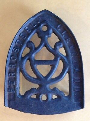 Antique Primitive Cast Iron FERROSTEEL CLEVELAND Sad Iron Plate Trivet Stand