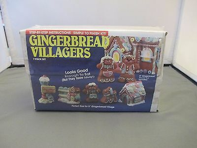 Vintage WEE CRAFTS CHRISTMAS Gingerbread Villagers PAINT 3-D Style SEALED 21520