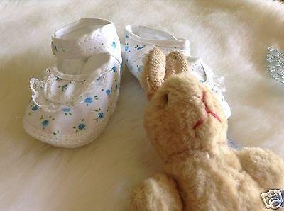AUTHENTIC VINTAGE INFANT CHILDRENS 1970s UNUSED BABY GIRLS SHOES NEWBORN
