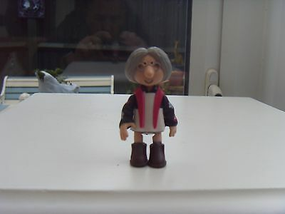 Larger Mrs Goggins from Postman Pat