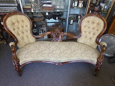 victorian carved walnut sofa, settee or chaise longue