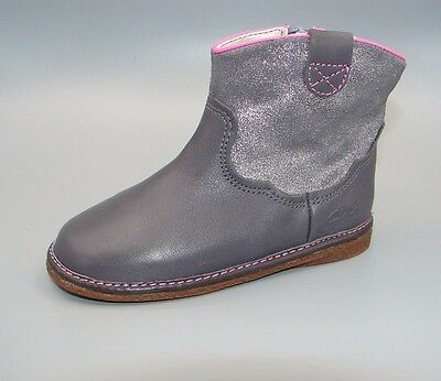 """Flora West Fst""Clark's Baby Girls Anthracite Leather Boots size 6.5 G."