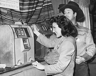 Caille Doughboy Slot Machine 1935 Vintage 8x10 Reprint Of Old Photo
