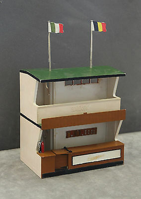 Vintage Tri-ang SCALEXTRIC K702 Kit Built Owner's Stand And Racing Pit Building