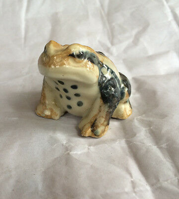 "Vtg Hirado Japan Ceramic Frog Toad Pottery 2.5"" Realistic Figurine Black Spotted"
