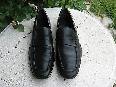 Tod's Men's Black leather loafers mens size 9 M nice!