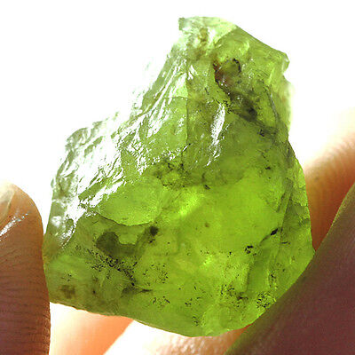30.5CT 100% Natural Peridot Facet Rough Specimen YGLb3171