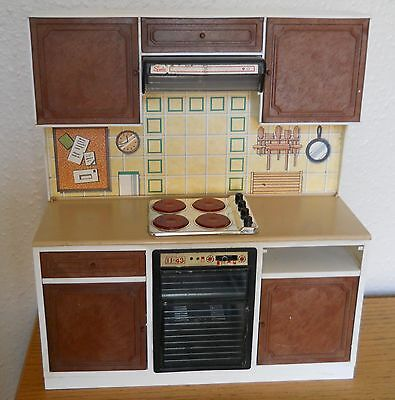 Vintage Sindy Kitchen Unit with Oven, Hob & Cupboards
