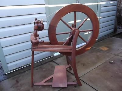 Ashford Traditional Wooden Spinning Wheel