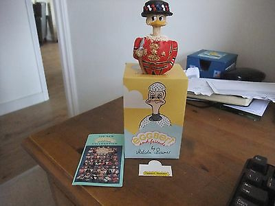 A Splendid Eggbert By Malcolm Bowmer EG 247 Eggspert Beefeater New Unused.